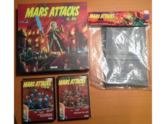 Mars Attacks Le jeu + 2 extensions + tapis